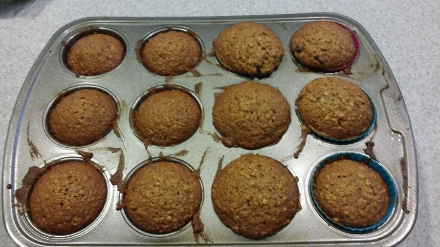 Healthy Apple Cinnamon OatmealMuffins