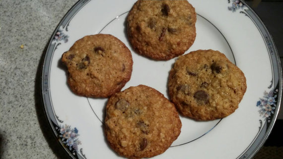 Reduced Sugar Oatmeal Chocolate Chips Cookies