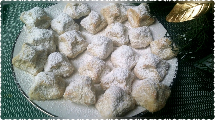 Holiday Walnut Cookies (Mexican Wedding Cookies)